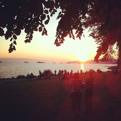 """@westendbia: """"How about that sunset tonight? Beautiful! #westendyvr #englishbay #yvr"""""""