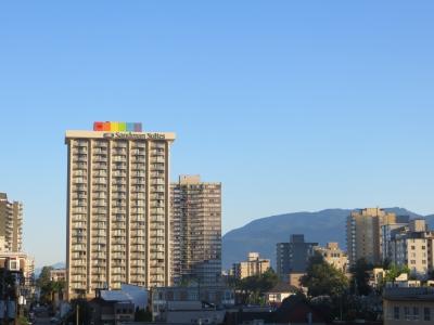 Sandman Suites on Davie Street Honours Pride with 55′ Rainbow