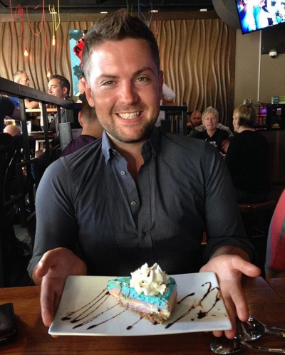"""@westendbia: """"Unbelievable! I have never seen a rainbow cheesecake in"""