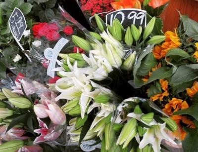 "@westendbia: ""Fresh cut flowers for days at J&J Market. #WeAmaze"""