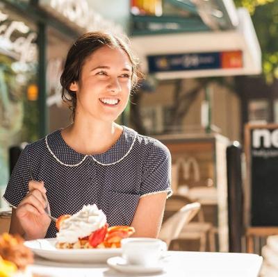 "@westendbia: ""Belgian waffles & ice cream on a hot summers"